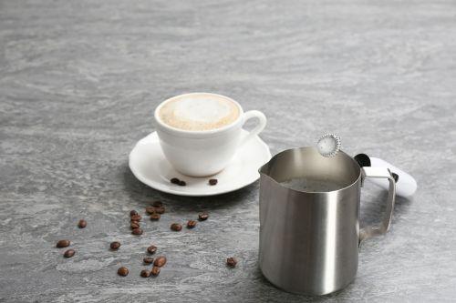 milchaufschäumer kaffee bild